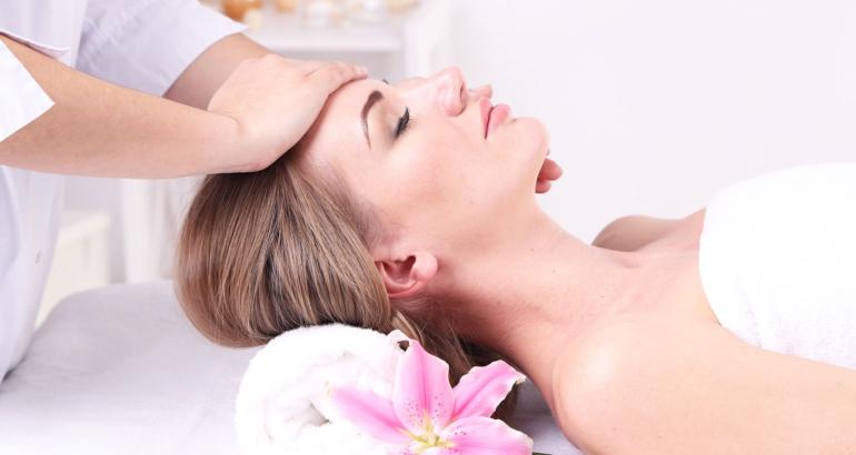 Dermatologische Kosmetik